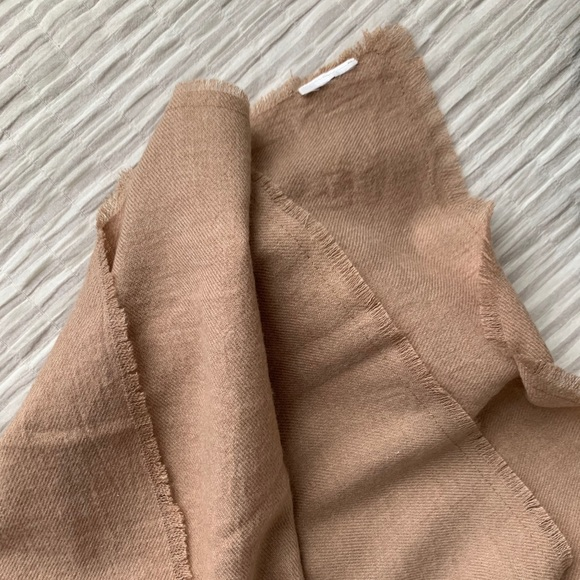 H&M oversize scarf